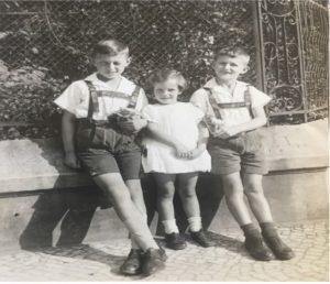 Erinnerungen an Magdeburg. Eine Kindheit und Jugend im Deutschland der Nazizeit (Buchpremiere) @ Stadtbibliothek Magdeburg