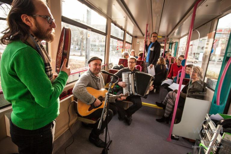 Bildung und Konzert in der Bahn